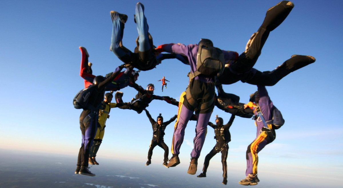 Skydive - Vertical or mixed relative flight